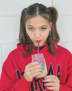 Home Online Shopping, Jayden Bartels, Cheer Stunts, Beautiful Goddess, New Girlfriend, Famous Girls, Old Actress, Celebrity Crush, Amazing Women