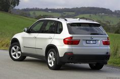Cool Wallpapers - BMW X-5 Wallpapers --> Check out THESE Bimmers!! http://germancars.everythingaboutgermany.com/BMW/BMW.html