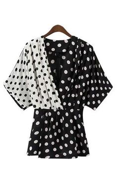 Trendy-Road-Style-Shop-Online-Woman-Fashion-Street-top-blouse-polka-dot-black-white-vneck-cute