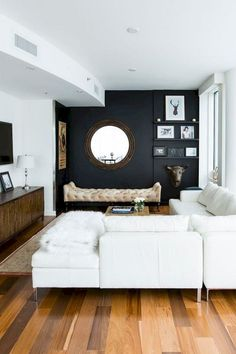 High Contrast A Design Trick That Makes Small Spaces Seem Larger - Apartment-living-room-design