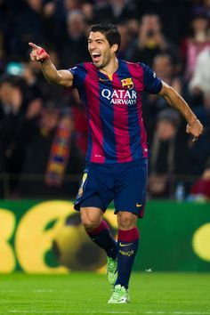 Luis Suarez of FC Barcelona celebrates after scoring his team's second goal during the La Liga match between FC Barcelona and Club Atletico de Madrid at Camp Nou on January 11, 2015 in Barcelona, Catalonia.