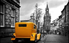 Vintage Yellow Car In A Gray City Wallpapers HD / Desktop and Mobile Backgrounds Glass Sticker Design, Top Imagem, Desktop Background Images, Yellow Car, City Wallpaper, Black White Art, Car Wallpapers, Vintage Yellow, Nature Scenes