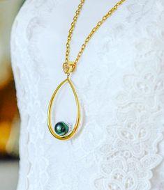 #culturedpearls #pearls #blackpearls #pearl #accessories #tahitianpearls #fiji #pacificpearls #shahana #bossladies #jewelrybox #jewelryporn #jewelry  #jewelrydesigner #jewelrygram #bracelets #accessories #jewellery #jewelry #samoa #Tonga