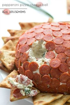Our PEPPERONI PIZZA CHEESE BALL is delicious appetizer for any party that takes hardly any prep & has big flavors! ***I think I would add sun-dried tomatoes to the mixture! Cheese Appetizers, Finger Food Appetizers, Yummy Appetizers, Appetizers For Party, Appetizer Recipes, Snack Recipes, Snacks, Finger Foods, Detox Recipes