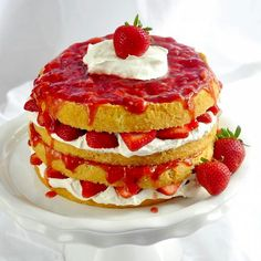The Ultimate Strawberries and Cream Cake - rockrecipes.com