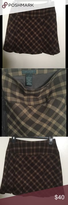 The Limited pleated plaid skirt Brand new, never worn. Originally $70. Price is firm. Bundle to save. As-is. The Limited Skirts Mini
