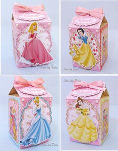 Caixa Milk personalizada Princesas da Disney Princess Birthday Centerpieces, Disney Princess Birthday Cakes, Baby Girl Birthday Theme, Princess Theme Party, Disney Princess Decorations, Disney Princesses And Princes, Marie, Creations, Pillow Box