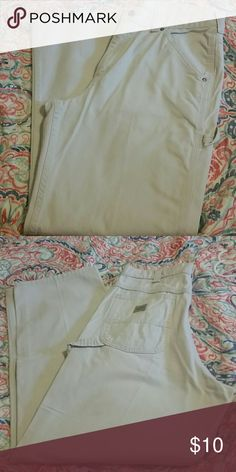 Lee Dungarees Light Khaki Carpenter Jeans Lee dungarees light khaki carpenter jeans in like new condition. No rips,stains or signs of wear. Truly like new. 34x32 Lee Jeans