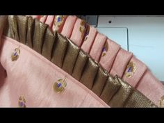 Sewing curtains diy style ideas for 2019 Back Neck Designs, Dress Neck Designs, Sleeve Designs, Blouse Designs, Salwar Designs, Kurti Designs Party Wear, How To Stitch Blouse, Stitching Dresses, Sleeves Designs For Dresses