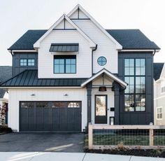 Best farmhouse exterior design ideas, exterior decor tips Dream Home Design, My Dream Home, House Design, Modern Farmhouse Exterior, Farmhouse Plans, Farmhouse Style, Dream House Exterior, Dream House Plans, Future House