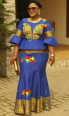 Is it awesome? Do you know how good you will look in it? Contact for your Kaftans, Agbada, ladies wear ,ankara dresses and Dashikis. Whatsapp or call us on 0244430770 . Couples African Outfits, Best African Dresses, African Fashion Ankara, African Traditional Dresses, African Inspired Fashion, Latest African Fashion Dresses, African Print Dresses, African Print Fashion, Africa Fashion