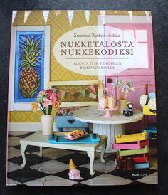 Lasituvan Miniatyyrit - Lasitupa Miniatures: Katin kirjanurkka - Nukketalosta nukkekodiksi