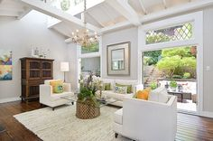 This three-story Noe Valley home promotes indoor/outdoor living with its landscaped front and backyard gardens that serve as extensions of main living areas. Photo: OpenHomesPhotography.com / SF