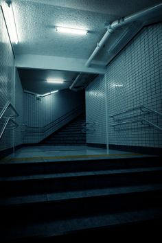 Tutorial: Building a Subway Corridor in Blender Tutorial: Building a Subway Corridor in Blender Night Aesthetic, City Aesthetic, Blue Aesthetic, Dark Photography, Street Photography, Night Photography, Blender Architecture, Apocalypse Aesthetic, Foto Gif