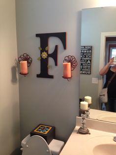 Bathroom decor.... But an R of course