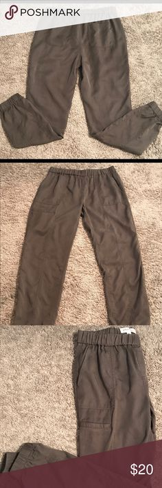 Philosophy cargo joggers Cargo joggers elastic waistband elastic ankle cuffs excellent condition dark olive green Philosophy Pants Track Pants & Joggers
