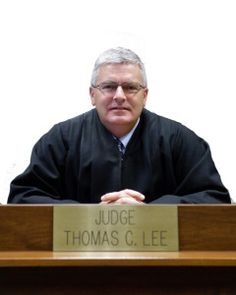 """Hi, I'm Tom. Everyone in my courtroom usually calls me """"Your Honor"""" or """"Judge Lee.""""  I know, sounds intimidating right?  Well, I want you to know that I'm on your side.  So you can just call me Tom.  I'm here to teach you how to win your custody battle or visitation case."""