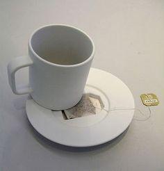 saucer with tea bag rest. Creative and clever coffee mug designs | http://www.designrulz.com/product-design/2011/07/creative-clever-coffee-mug-designs/