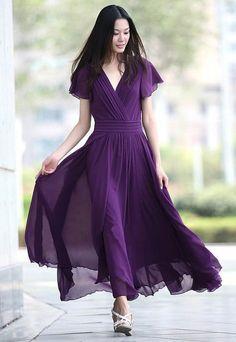 purple :)==wish I had this dress for my sons wedding. Purple Love, All Things Purple, Shades Of Purple, Purple Dress, Deep Purple, Purple Stuff, Beauty And Fashion, Purple Fashion, Look Fashion
