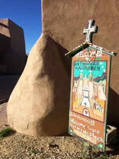Altar and interior of st francis de asis church in ranchos de taos taos new mexico weekend getaway publicscrutiny Images