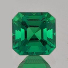 2.58ct, unoiled, Colombian emerald. very sweet stone.