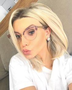 Armação #Gucci '4284'  Não tem como não se apaixonar  @bianca_petry  #envyotica #oculos #eyewear #biancapetry #armacao