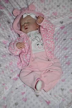 Reborn Baby Gena, Girl, Weights 4-6 lbs, Custom Order *** Please allow 6-8 weeks to ship once ordered! The doll pictured is an example of my work and already adopted. Your doll will be made with the same sculpt to resemble the picture.*** Gena is made from a soft vinyl kit and