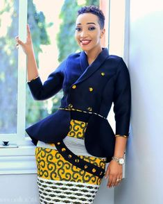 ankara stil The Ankara jacket is perfect for slaying when reaching for the corporate casual styling. African Attire, African Wear, African Dress, African Style, African Outfits, African Girl, African Beauty, Ankara Gown Styles, Ankara Gowns
