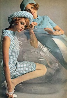 what makes this a 60s fashion? size of the dress, the tights, shoes, hat, hair, make up, colours of the dresses, the patterns,