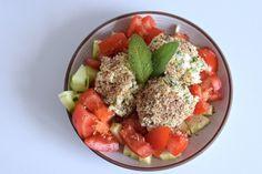 Vegetarische Low Carb Rezepte - Das schaut auf den ersten Blick sehr kompliziert aus, aber auch hier gibt es eine große Auswahl. Schwieriger wird es erst bei veganen Rezepten, denn dann fallen ja auch Eier und Milchprodukte weg. Heute möchte ich euch aber ein vegetarisches Low Carb Kochbuch vorstellen. Low Carb vegetarisch' von