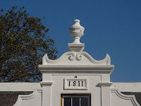 l'Ormarins Franschhoek All About Africa, Cape Dutch, Dutch House, Country Houses, Homesteads, Luxury Travel, South Africa, Architecture, Places