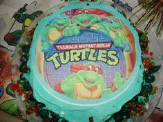 Jäätelökakku Turtles. Tämän reseptin on tehnyt Kotikokki.netin nimimerkki Isabella