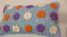 Almofada crochê florzinha