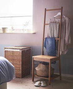 """A solução """"roupa na cadeira"""" reinventada: prática, estética e versátil."""