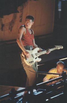 U2 Joshua Tree Tour, Adam Clayton, Los Angeles Usa, Usa Sports, U 2, Rock Bands, Larry, Tours, Concert