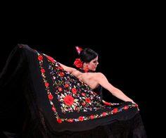 Entregan Premio Iberoamericano de Coreografía: El premio, convocado desde 1998 con carácter bienal, pretende estimular la creación coreográfica iberoamericana en sus más variados estilos y géneros