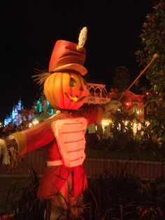 Tips from the Disney Diva: British Diva's review of Mickey's Not So Scary Halloween Party 2012