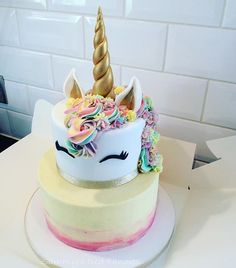 My first 2 tier unicorn cake #unicorncake #cakesinhull