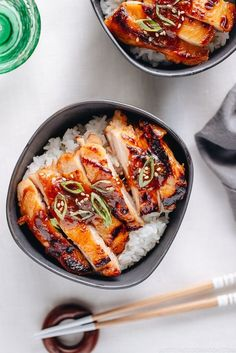 Super quick Miso Chicken (鶏肉の甘辛味噌焼き) over steamed rice using my All-Purpose Miso Sauce! #miso #misochicken #japanesefood | Easy Japanese recipes at JustOneCookbook.com Asian Chicken Recipes, Miso Chicken, Asian Recipes, Meat Recipes, Asian Dinner Recipes, Cooking Recipes, Ethnic Recipes, Miso Recipe, Streetfood