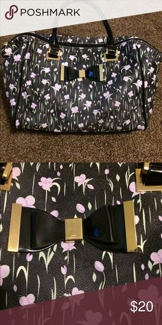 LuLu Purse Floral LuLu purse with plenty of room inside Lulu Bags Shoulder Bags