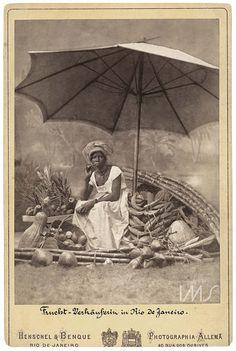 Alberto Henschel (Berlim, 13 de junho de 1827 – 30 de junho de 1882, Brasil) foi um dos mais importantes fotógrafos que atuaram no Brasil na segunda metade do século XIX. Chegou em Recife, em 1866, e, ao longo de 16 anos, teve uma intensa atividade no país. Um dos pioneiros empresários da fotografia no pa&i (...)