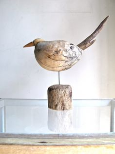 46 Wooden Crafts Ideas That you can Make for your Home Decoration - decortip Driftwood Sculpture, Bird Sculpture, Driftwood Art, Bird Crafts, Nature Crafts, Wooden Crafts, Wood Projects That Sell, Driftwood Projects, Wood Bird