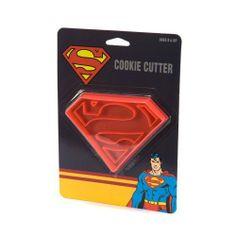DC Comics Superman Logo Emporte-Pièce de Toy Zany, http://www.amazon.fr/dp/B00G4DRPG4/ref=cm_sw_r_pi_dp_2zAktb058S5F9