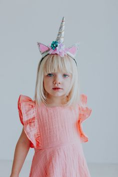 Unicorn Headband, in gold and silver. Order at cuteheads.com, the perfect unicorn party accessory