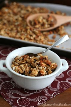 Making your own granola is easy and delicious. This paleo low carb granola recipe whips up in less than 30 minutes. Dairy-free and grain-free. Breakfast Items, Low Carb Breakfast, Breakfast Recipes, Free Breakfast, Low Carb Recipes, Real Food Recipes, Paleo Food, Paleo Recipes, Free Recipes