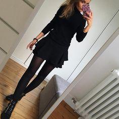 "2,411 Likes, 88 Comments - Céline (@lesfutiles) on Instagram: ""All Black ✔️…"""