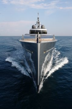 Amazing Yacht #superyacht #yacht #vacation #boat #cruise #travel http://www.estatemanagerscoalition.com/