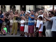 Impresionante FLASHMOB: Bolero de Ravel (España) - YouTube