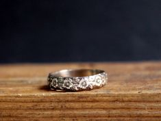 Antique Ring Flower Pattern Band Ring Romantic Jewelry by Nafsika