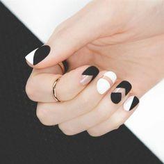 nos idees pour vos ongles décorés deco ongle gel blanc noir